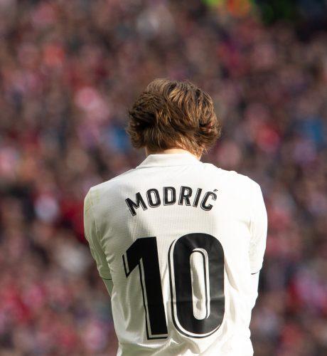 Luka Modric, durante el encuentro entre el Atlético de Madrid y el Real Madrid disputado en el Wanda.