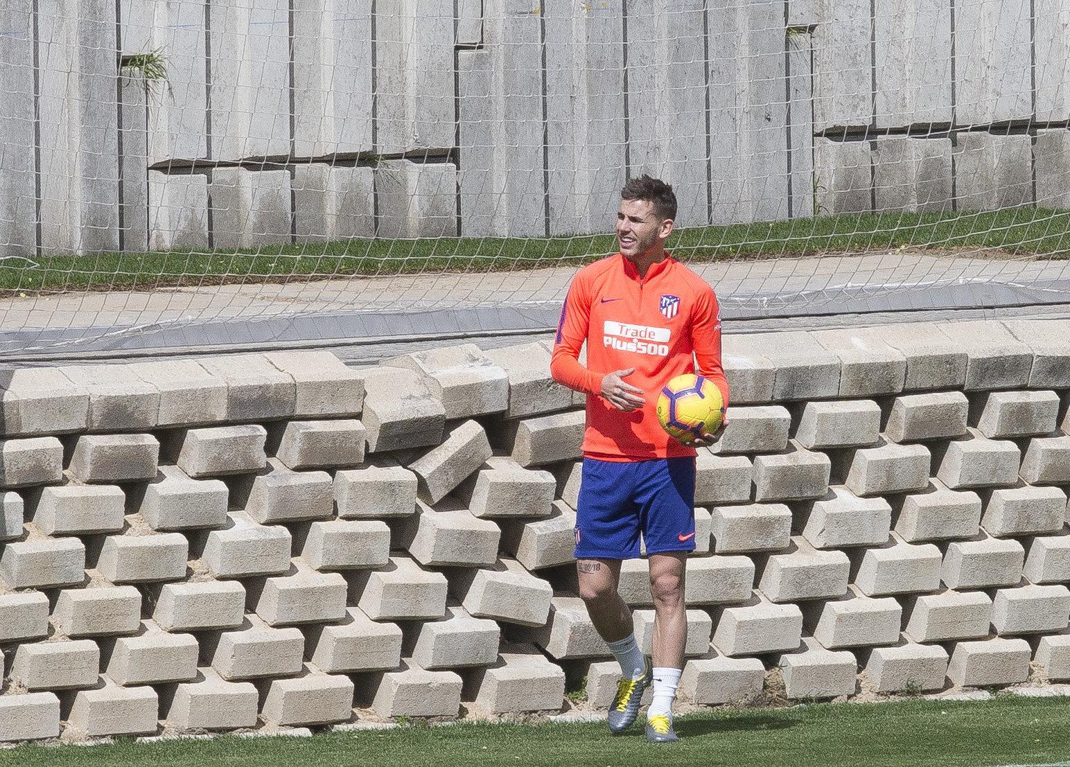 Lucas Hernández, en un entrenamiento con el Atlético de Madrid.