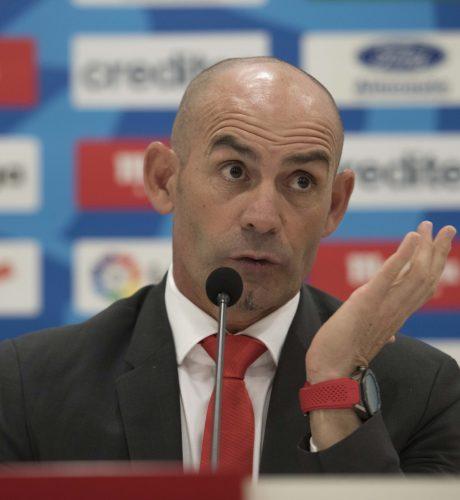 Jémez, durante un momento de su presentación como técnico del Rayo Vallecano.
