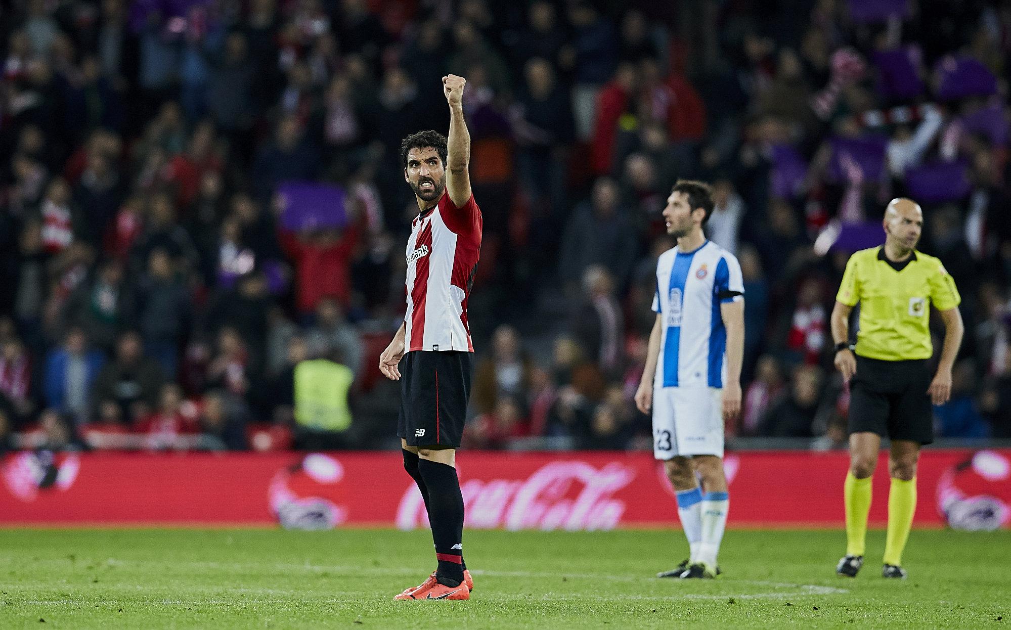Raúl García celebra su tanto ante el Espanyol.